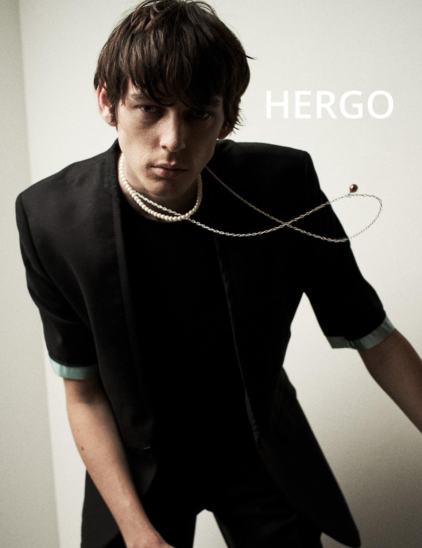 hergo コレクションルック